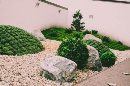 krumu-akmens-kompozicija